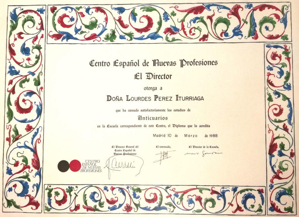 Lourdes Pérez. Diploma Anticuarios